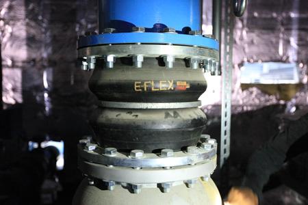 proimages/pro/技術支援/橡膠防震接頭-法蘭接觸面破裂-1.JPG