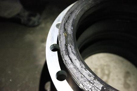 proimages/pro/技術支援/橡膠防震接頭-法蘭接觸面破裂-2.JPG